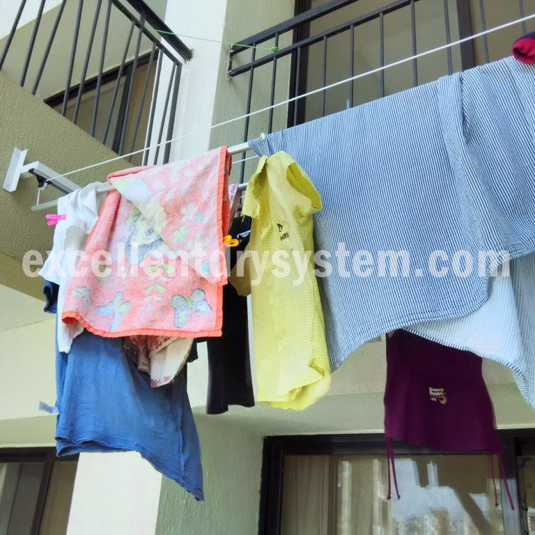 indoor clothes drying rack in Wanowrie