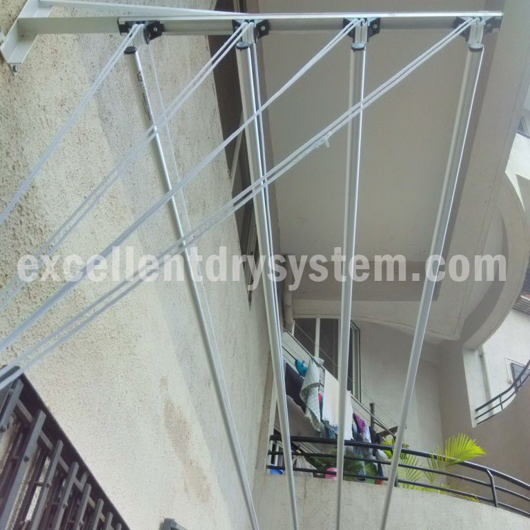 wall mounted clothes drying rack in Panshet